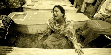 Aankhen hain aansuon se num - A song dedicated to the persecuted Pakistani Christians - By David Rothfuss